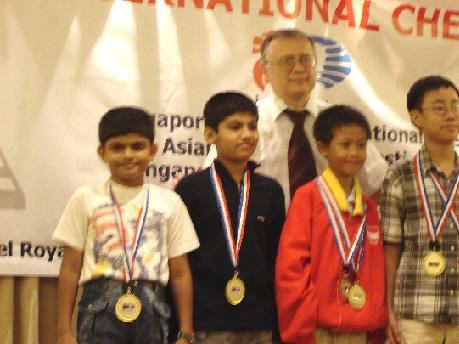 Asim Mehta & Riddhesh Kapadia - Team Silver in Under 11 Boys - Asian School Chess Championship December 2005